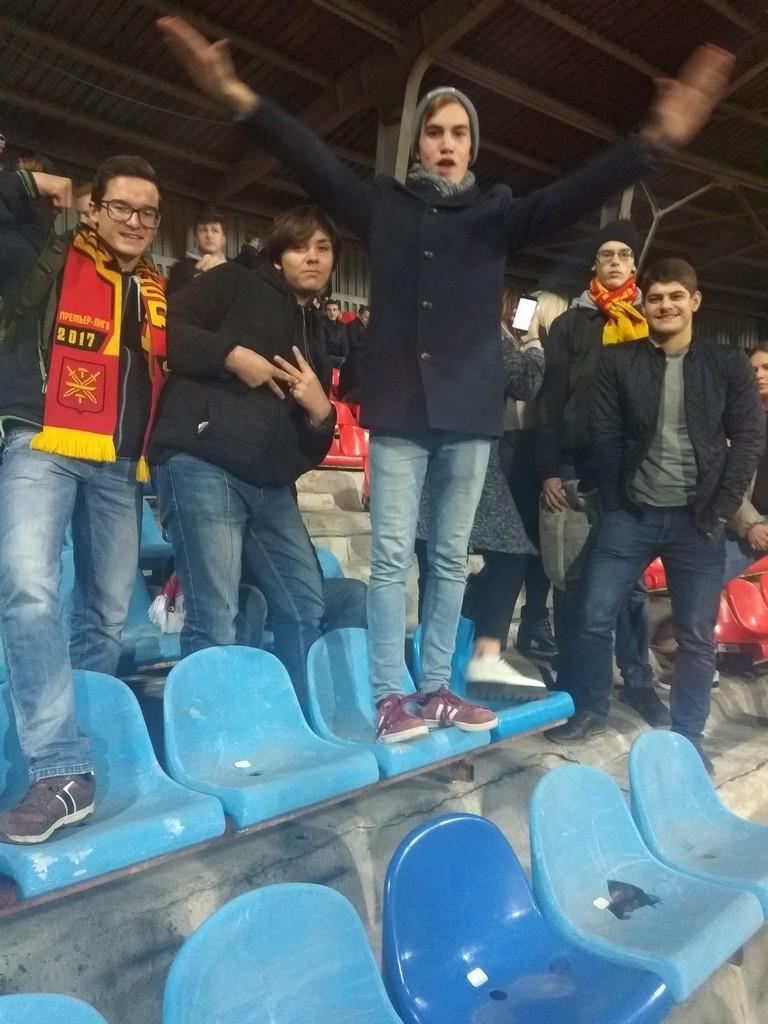 my-bolelshchiki-yunosheskoj-sbornoj-rossii-po-futbolu