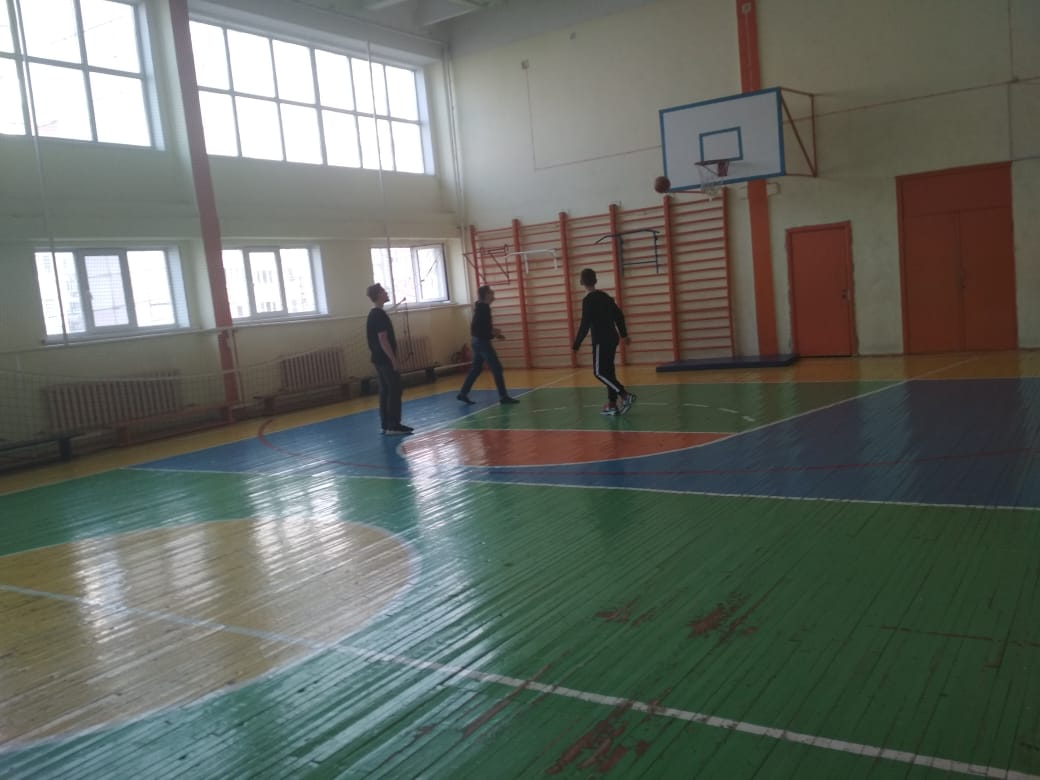 alternativnayaosen71-igra-v-basketbol-starshij-otryad